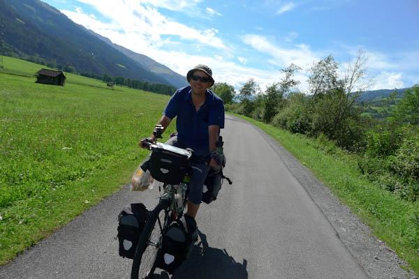 En remontant la Ziller, toujours sur des pistes cyclables très agréables.