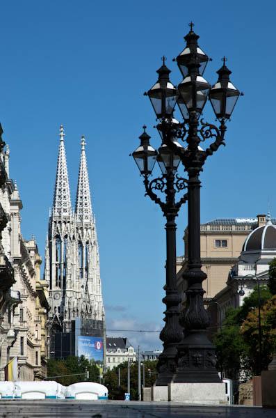 Votivkirche vue depuis le Rathaus