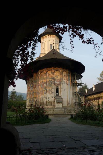 Le monastère de Moldovita au petit matin
