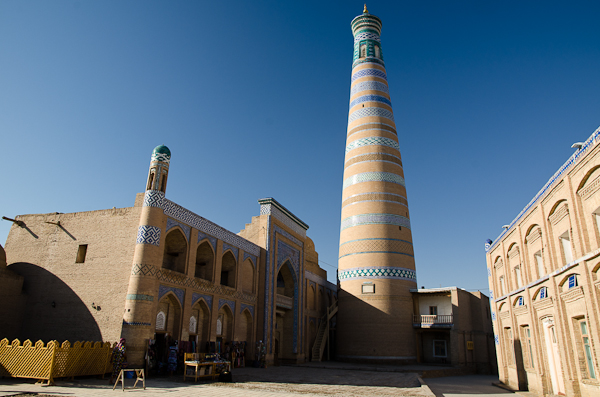 Haut de 57 mètres, le minaret Islam Hoja est le plus haut du pays