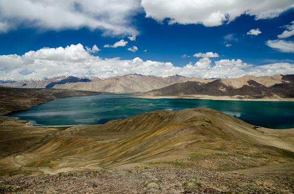 Le lac Yashil-Kul vu d'en haut. C'est bien, y a moins de moustiques…
