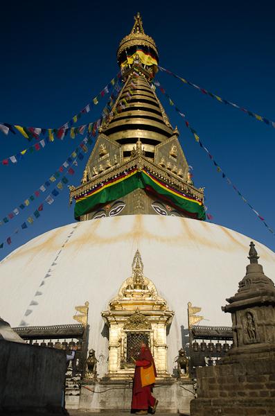 Aussi appelé le Monkey Temple, Swayambhu compte parmi les plus anciens sites religieux du Népal
