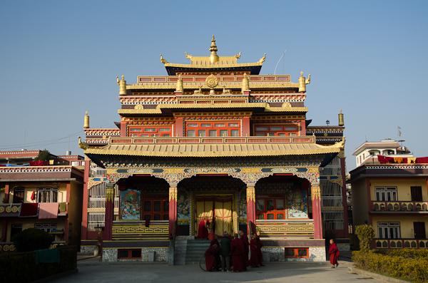 En exil depuis plus de 50 ans, les Tibétains se sont construits de véritables quartiers monastiques
