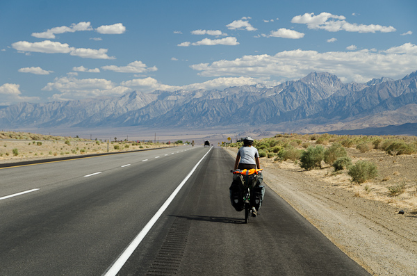 De l'autre côté de la Sierra Nevada, le désert fait son apparition…